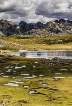 Lac de Ninu, Corsica, France. Explore the wonders of the world with theculturertip.com