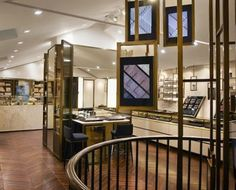 Burberry Unveils Digitally-Enhanced Beauty Concept Shop - PSFK