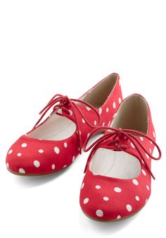 These are the cutest flats.