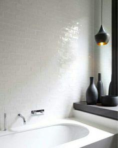 #interior #decor #styling #bathroom #Scandinavian #white #black #minimalism #lamp