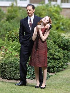 Tom Hardy and Emily Browning on the set of Legend. To sleep on his arm is what any woman can dream about