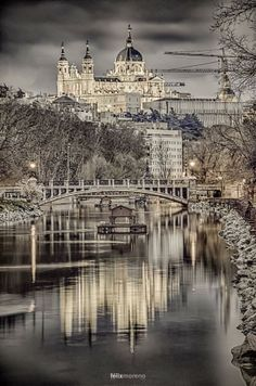 Catedral de Santa María la Real de la Almudena de Madrid, Spain