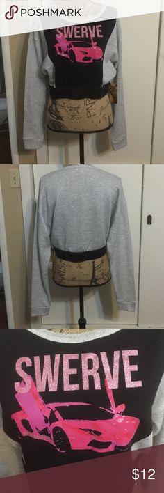 🎉 Brand new Nicki Minaj crop sweatshirt Brand new size extra large Nicki minaj Tops Tees - Long Sleeve