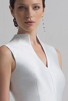 Плотно прилегающий ворот Kurta Designs, Blouse Designs, Essentiels Mode, Dress Neck Designs, Tuxedo Dress, Fashion Details, Fashion Design, Classy Dress, Blouse Styles