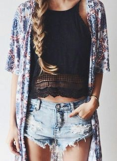 Boho and Kimono Chic | This is a great summer bohemian look