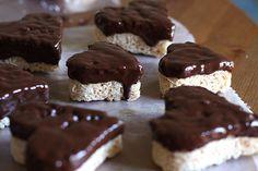 Heart Krispies by joy the baker, via Flickr