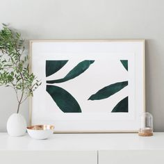 """NEW : The A3 poster """"Leaves"""" printed on Fedrigoni paper in limited edition.  available here 👇 www.oakgallery.etsy.com Happy Monday ! 👊✌ #oakgallery #newcollection #ss2016 #print #poster #leaves #tropical #green #illustration #ink #graphic #printedinfrance #limitededition #etsy #paper #monday"""