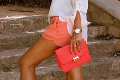 love the color of the shorts and clutch!