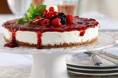Κρύο τσιζκέικ με μαρμελάδα φράουλας - Γρήγορες Συνταγές | γαστρονόμος online - Στέλιος Παρλιάρος
