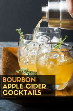 Bourbon Apple Cider Cocktails will warm you from the inside out and keep you toasty all season long - the perfect fall cocktail! Bourbon Apple Cider, Apple Cider Cocktail, Fruity Cocktails, Bourbon Cocktails, Holiday Cocktails, Cocktail Drinks, Fall Wedding Cocktails, Spiked Cider, Popular Cocktails