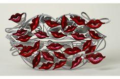 100 kisses // 2008   #davidgerstein #galerieduret #artcontemporain #contemporaryart #sculpture #design #home #kitchen #coloré #colorful #colors #kiss #kisses #bisous #bouche #lips