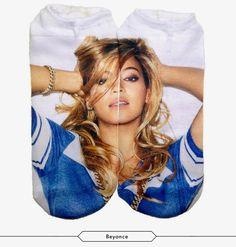 Shirt Beyonce. Pants Beyonce. Socks Beyonce. Queen B, Socks, Crop Tops, Celebrities, Beyonce's Lemonade, Pants, How To Wear, Shirts, Clothes