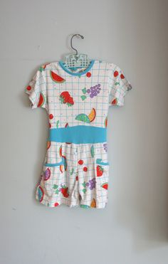 80s Vintage COLORFUL FRUIT Girls Jumper....size 5 girls.....kids. children. strawberry. oranges. grapes. fruit print. retro. romper. jumper.. $14.00, via Etsy.