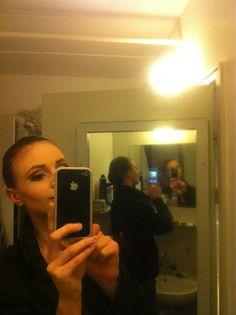 Twitter / ipraetorius: #dans2go så er jeg blevet brunette, teater trylleri :)