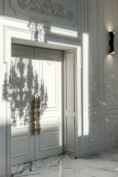 Click to discover Hausmann's interiors. #hausmann #luxuryinteriors #classicdesign #modern #elegant #interiordesign #interiordesigner #homedesign #homeinspo #luxurydesign