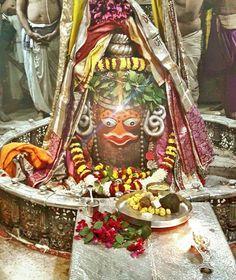 #Bhasma #Aarti pic of Shree #Mahakal #Ujjain - Dec. 31  Visit the #holy city of Ujjain famous for its #Temples  #god #shiv #shiva #shihay #bholenath #mahadev #mahakaleshwar #jaibholenath #jaimahakal #om #omnamahshivay #harharmahadev #ujjaini #mptourism #madhyapradesh  Follow our FB page: www.facebook.com/ujjaintravel
