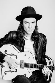 Interview with James Bay, he has a very unusual voice but is such a good singer. Hold Back The River is one of my favorites
