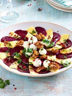 Dieses Carpaccio aus Rote Bete und Ananas ist schnell gemacht und geschmacklich echt ein Träumchen! #carpaccio #rotebete #vegetarisch