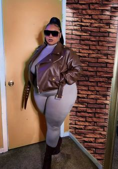Thick Girls Outfits, Curvy Girl Outfits, Plus Size Outfits, Thick Girl Fashion, Curvy Women Fashion, Plus Size Fashion, Full Figure Fashion, Swagg, Plus Size Women