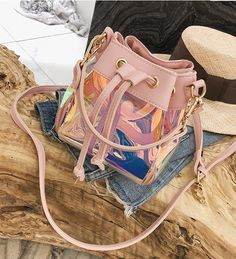 For some ladies, purchasing an authentic designer handbag is just not something to hurry straight into. Since these handbags can be so costly, ladies typically agonize over their decisions before making an actual purse purchase. Luxury Purses, Luxury Handbags, Purses And Handbags, Cheap Handbags, Handbags Online, Mini Handbags, Fashion Bags, Fashion Backpack, Womens Fashion