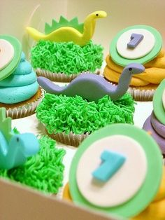Fun Cooking for Kids: Dinosaur cupcakes