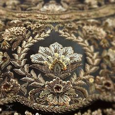Spread the love HiI hope, You are all fine. Today I post about thread art which includes thread embroidery work. Zardosi Embroidery, Tambour Embroidery, Hand Work Embroidery, Couture Embroidery, Embroidery Motifs, Gold Embroidery, Embroidery Fashion, Hand Embroidery Designs, Embroidery Dress