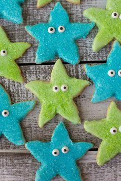 Starfish cookies - Under the Sea birthday party - Ocean birthday party Mermaid Under The Sea, Under The Sea Party, Little Mermaid Birthday, Little Mermaid Parties, Deco Fruit, Bubble Guppies Birthday, 4th Birthday Parties, 2nd Birthday, Birthday Ideas