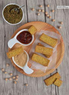 Crackers crujientes de garbanzo y zaatar. Receta sin gluten vegana para el aperitivo Vegetarian Recipes, Healthy Recipes, Crackers, Spices, Food And Drink, Chips, Appetizers, Healthy Eating, Gluten Free