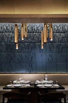 Restaurant and Bars Deco Restaurant, Luxury Restaurant, Vintage Restaurant, Restaurant Lighting, Restaurant Ideas, Bar Interior, Restaurant Interior Design, Interior Exterior, Interior Architecture