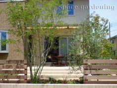 Yahoo!検索(画像)で「庭 植栽」を検索すれば、欲しい答えがきっと見つかります。