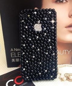 Love all the bling! Cool Phone Cases, Phone Covers, Iphone 4s, Iphone Cases, First Iphone, Decoden, Mobile Covers, Lei, Crystal Rhinestone
