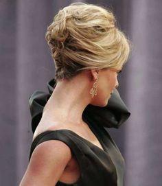 Acconciature eleganti capelli corti - Capelli corti leggermente raccolti