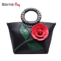 2017 spring new Women Handbag with a Flower High Quality print PU Leather Tote Bag Female Shoulder Bags Pink Hobos Bag