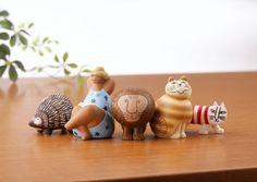スウェーデンを代表する人気陶芸作家リサ・ラーソンの作品が、手のひらサイズのミニチュアフィギュアになって海洋堂から登場