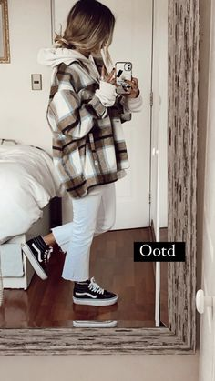 Cute Comfy Outfits, Cute Fall Outfits, Casual Winter Outfits, Winter Fashion Outfits, Simple Outfits, Stylish Outfits, Fall Tomboy Outfits, Retro Outfits, Girl Outfits
