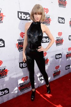 Yes, Taylor Swift DID wear a sparkly black jumpsuit to the iHeartRadio Music Awards - come see what else walked down the red carpet!