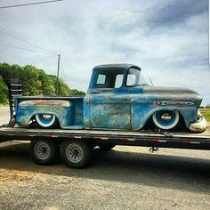 Low Apache 1959 Chevy Truck, Chevy Pickup Trucks, Chevy Pickups, Chevrolet Trucks, Bagged Trucks, Hot Rod Trucks, Cool Trucks, Muscle Cars, Chevy Apache