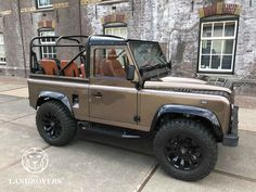El Niῆo - The Landrovers Defender 90, New Land Rover Defender, Land Rover Car, Landrover Defender, Land Rovers, Lifted Ford Trucks, 4x4 Trucks, Bug Out Vehicle, Classy Cars