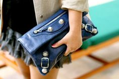 An entry from un Fille la Mode des Addictions Balenciaga Clutch, Envelope Clutch, Fashion Accessories, Fashion Outfits, Shoe Bag, Clutches, Wallets, Passion, Candy