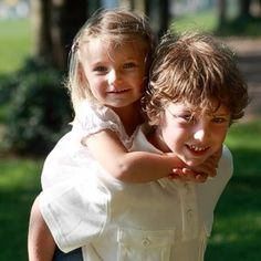 Big brother, little sister portrait