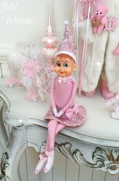 Large pink girl elf on the shelf knee hugger my mum and i made for a custom order <3 xxx