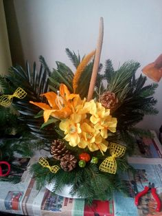 Wreaths, Fall, Plants, Home Decor, Autumn, Homemade Home Decor, Door Wreaths, Deco Mesh Wreaths, Plant