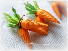 quilled earrings. carrots
