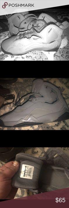 421403fb57739d 6.5 yJordan grey flight sneakers (women sz8-8.5). Air Jordan ...