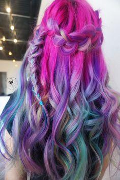 Rainbow hair using pulp riot Instagram @brinaesingingstylist
