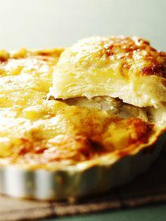 みんな大好きグラタンは、パーティのおもてなし料理としても大活躍!|『ELLE gourmet(エル・グルメ)』はおしゃれで簡単なレシピが満載!