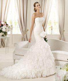 trumpet wedding dresses vs mermaid dresses