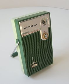Vintage Transistor Radio by TheVintageResource on Etsy, $22.25