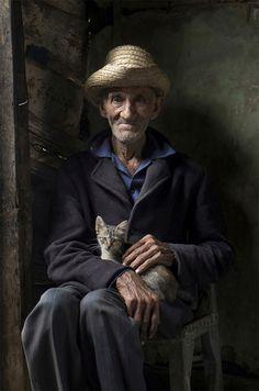 Mención Especial: Retrato de un anciano en Ciego de Ávila.  Orlando Garcia, Cuba