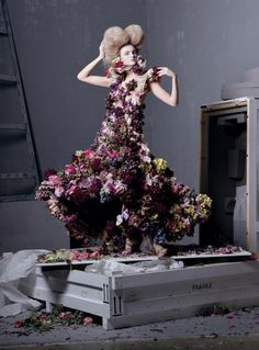 vogue may 2011 grace coddingtons tribute to mcqueen